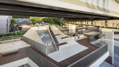 Roof Square / HG-Architecture