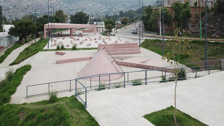Parque público en Tlalnepantla / PRODUCTORA, © Erick Mendez