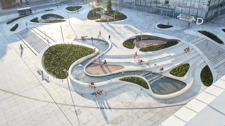 Requalificação Urbana V-Plaza / 3deluxe architecture, © Norbert Tukaj