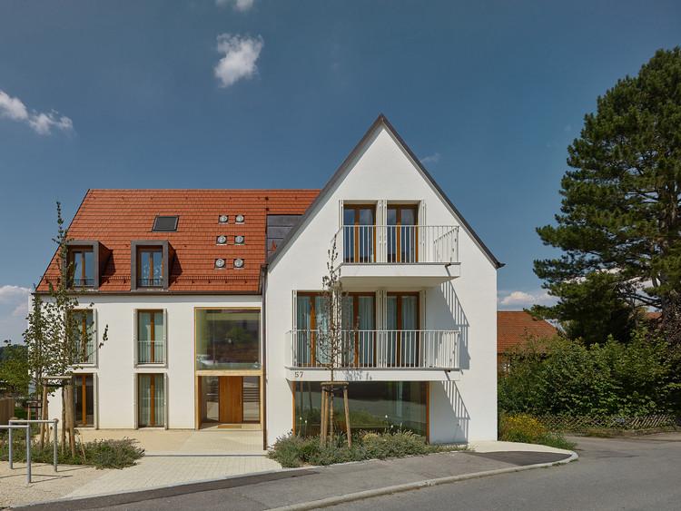 A57 Multigenerational House in Aichwald / holzerarchitekten, © zooey braun FOTOGRAFIE
