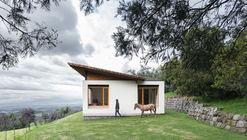 Casa Pasochoa / Juan Esteban Ruales Laso