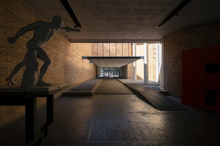 Cortometraje retrata el habitar de los trabajadores en la Facultad de Arquitectura de la UNAM, © Marcos Betanzos