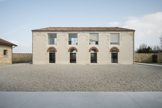 Conversion of Former Slaughterhouses  / SAPIENS ARCHITECTES
