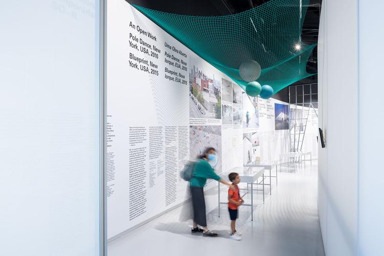 Como os museus reabrirão após a pandemia e qual a relação da arquitetura com isso?, Beeline, the Architectural Intervention by SO-IL, Is on Display as MAAT Reopens. Imagem: © Iwan Baan