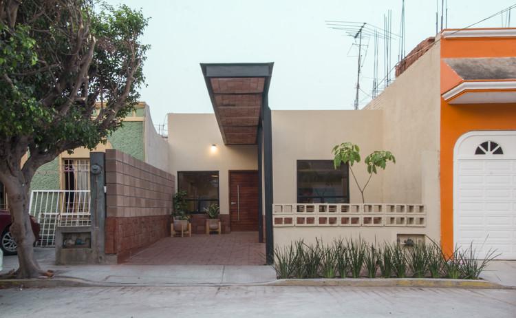 Casa Retazo / Apaloosa Estudio de Arquitectura y Diseño, © Carlos Berdejo Mandujano