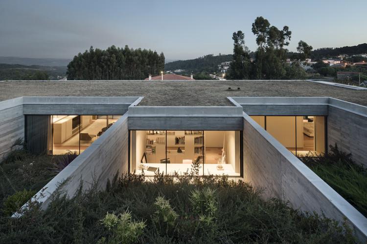 Casa en Espinho / AZO. Sequeira Arquitectos Associados, © Nelson Garrido