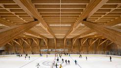 Upper Skeena Recreation Center / Hemsworth Architecture