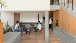 Lake House Home Stay / MOU Architecture Studio
