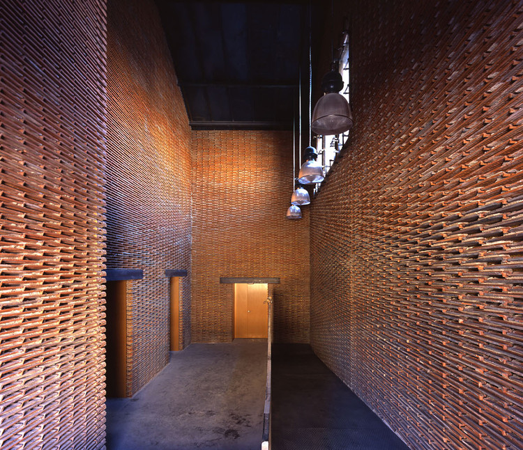 recycling tiles 15 examples of