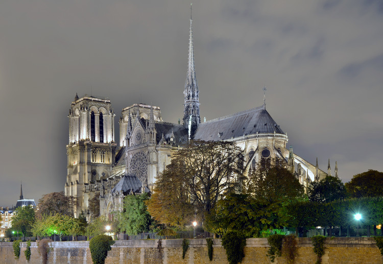 Torre da Catedral de Notre Dame será reconstruída segundo o desenho original, Cortesia de Livioandronico2013
