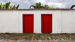 Clássicos da Arquitetura: Duas Casas em Paraty / Julio Katinsky + Ruy Ohtake