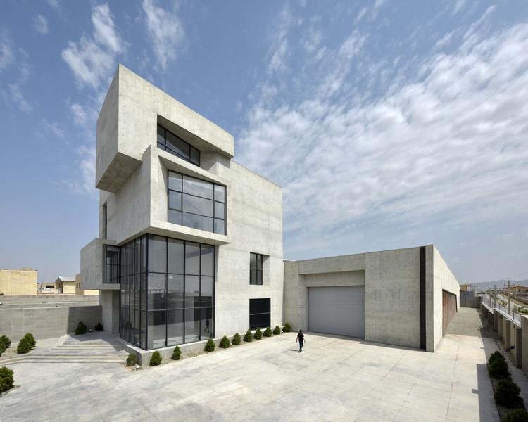 Cubes Warehouse / Nazar Idea Paidar Company, © Deed Studio
