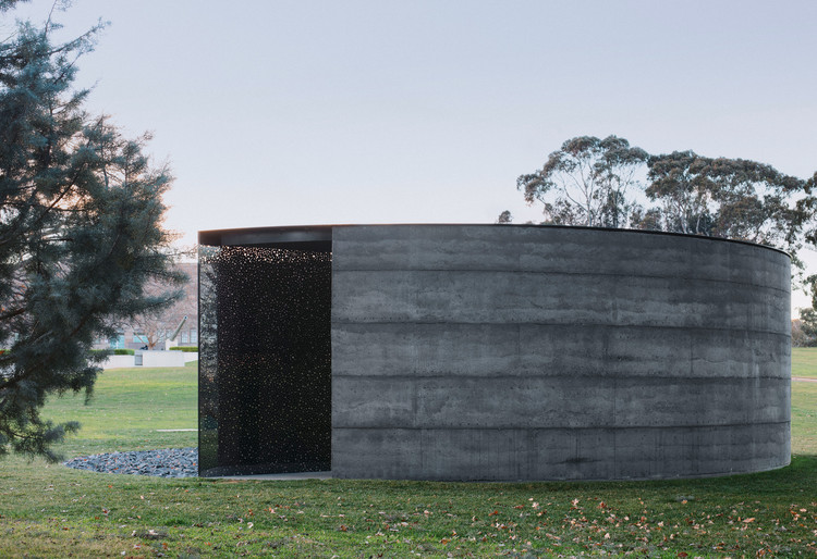 For Our Country Memorial  / Edition Office + Daniel Boyd, © Ben Hosking