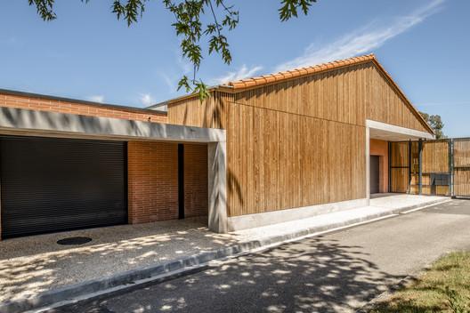 School Nicolas Poussin à Aucamville Extension / Tocrault & Dupuy Architectes