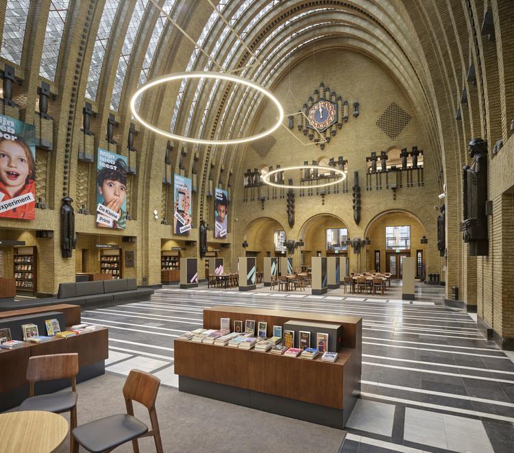 Utrecht Central Library & Post Office / Zecc Architecten + Rijnboutt, © Kees Hummel