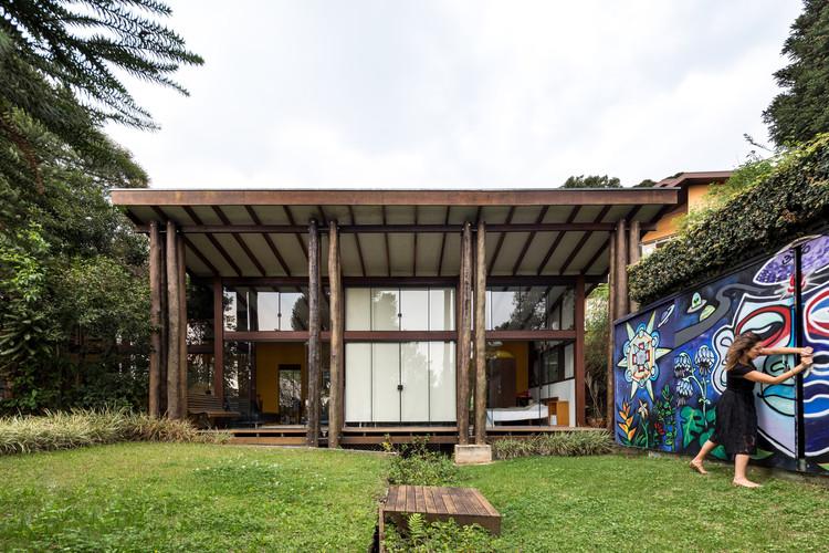 Casa Tingui / Canalli Arquitetura, © Eduardo Macarios