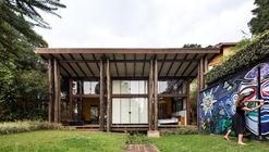 Casa Tingui / Canalli Arquitetura