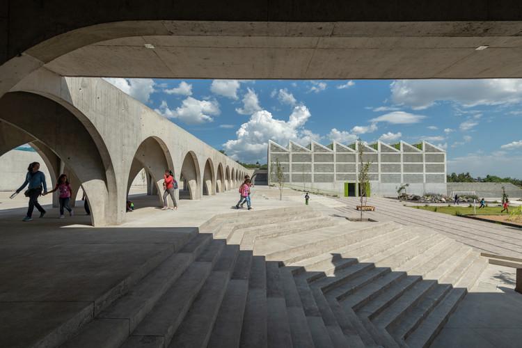 Clube de meninos e meninas / CCA Centro de Colaboración Arquitectónica, © Jaime Navarro