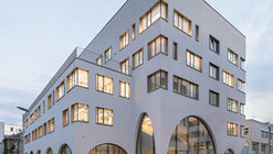 Institute of Pharmacy  / Berger+Parkkinen Associated Architects