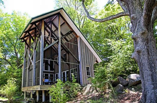 The Barn of Fun. Photograph by Bob Gunderson.