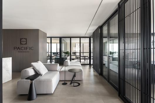 Escritório Incorporadora Pacific / Belotto Scopel Tanaka Arquitetura