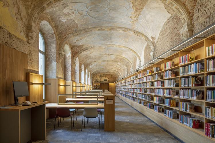 Biblioteca Municipal Het Predikheren / Korteknie Stuhlmacher Architecten + Callebaut Architecten + Bureau Bouwtechniek, © Luuk Kramer