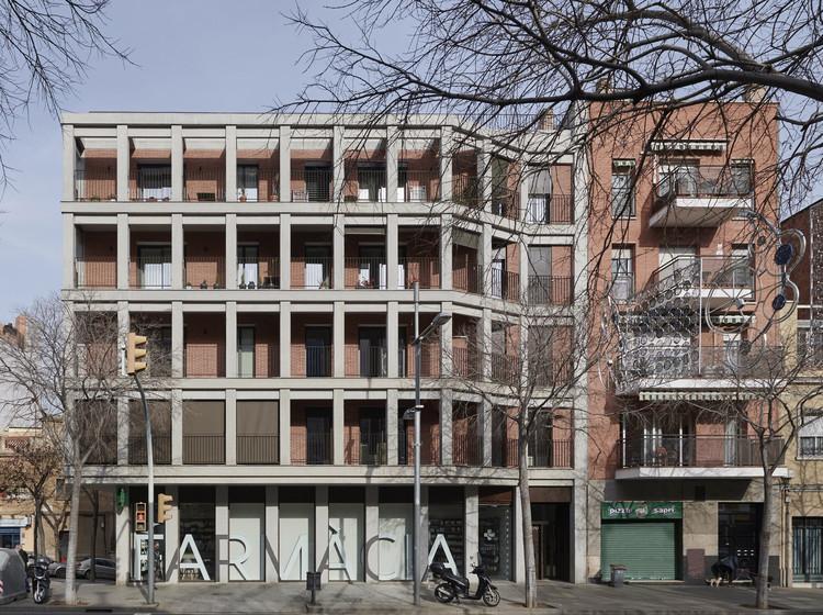 Maragall 310 Building / Bergnes de las Casas, © Eugeni Pons