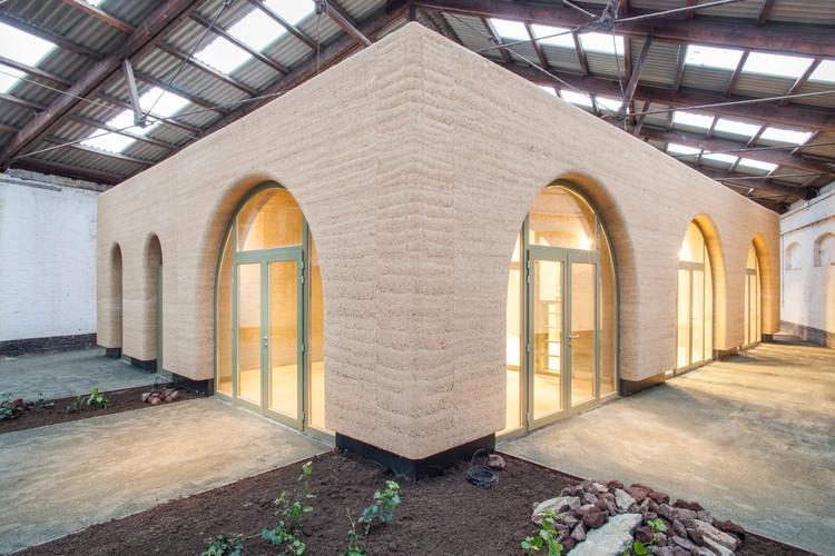 "Regioninio namo ""Edeghem"" / BC architektai.  ""Cortesia de BC"" architektai"