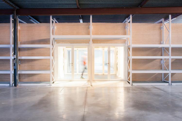 Pascale Marthine Tayou / BC architektų ateljė.  Vaizdas © Thomas Noceto