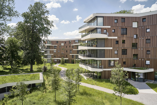 Living in the Spinnereipark / Behnisch Architekten