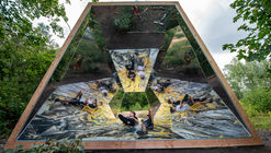 Reflektor Pavilion / Atelier ARI
