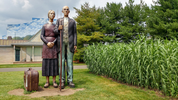 12 Outdoor Art Spaces, Parks, and Landscapes that Have Reopened or are Reopening Soon in the US, God Bless America by Seward Johnson on view at Grounds for Sculpture in New Jersey. (sk/ Flickr)