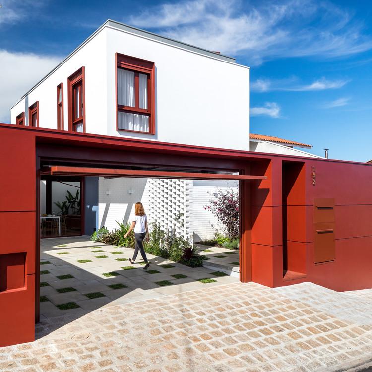 Casa Grená / Nommo Arquitetos, © Eduardo Macarios