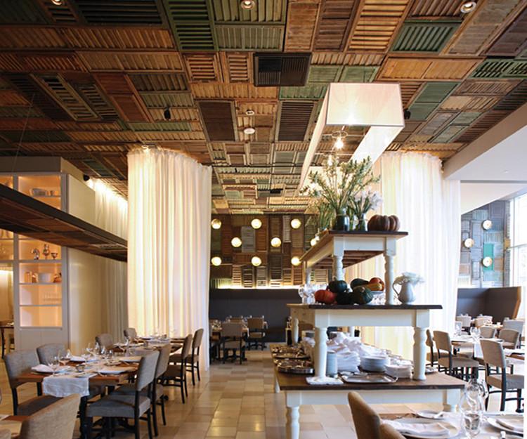Ella Dining Room and Bar / UXUS. Image Cortesía de UXUS