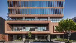 Torre Carracci /  Colonnier Arquitectos