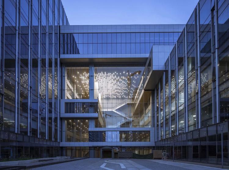 TP-LINK Hangzhou R&D Center / SZA, © Weiqi Jin