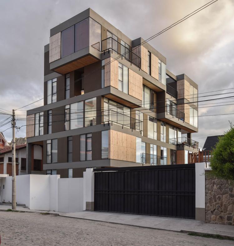 Los ganadores de premios en la Bienal Internacional de Arquitectura de Santa Cruz 2020, Edificio Isabel - arquitecto Christian Dávila. Image Cortesía de Bienal Internacional de Arquitectura de Santa Cruz