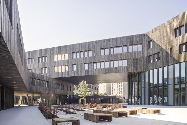 Lycée La Plaine / Brenac & Gonzalez & Associés, © Stefan Tuchila