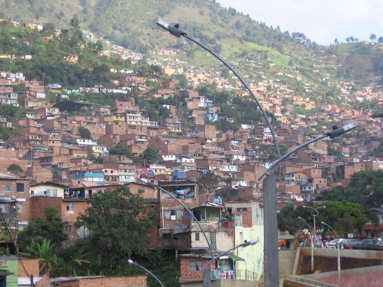 La SCA presenta documento manifiesto ante el MINVU analizando la ciudad y el territorio tras la pandemia, © Albeiro Rodas. Usuario: Albeiror24 [Wikipedia] Bajo dominio público