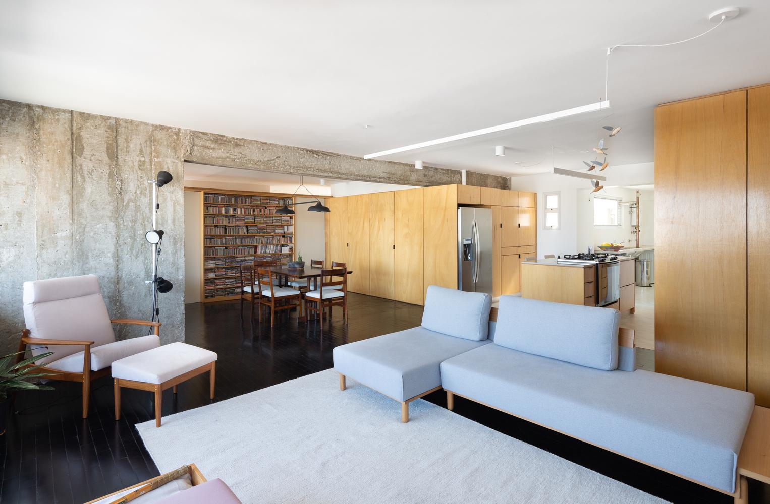 Apartment Renovation in Mooca Neighbourhood / Firma + Oitentaedois