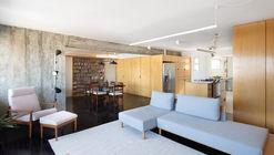 Un apartamento en Mooca  / Firma + Oitentaedois