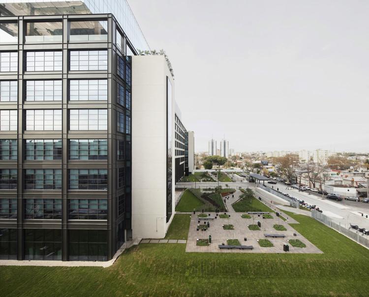 Polo Dot Office Park  / Machado Silvetti, © Gustavo Sosa Pinilla