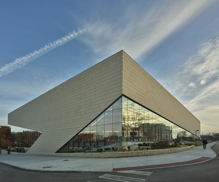 University of Southern Indiana, Screaming Eagles Arena / CannonDesign, © Tim Hursley