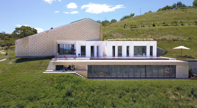 Amilu Farmhouse / F:L Architetti, © Alessandro Imoda