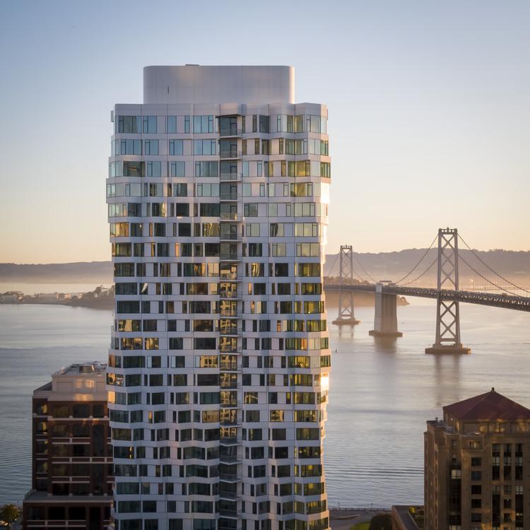 Torre Residencial MIRA / Studio Gang, © Scott Hargis