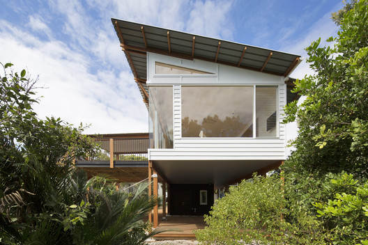Macmasters Beach House / buckandsimple