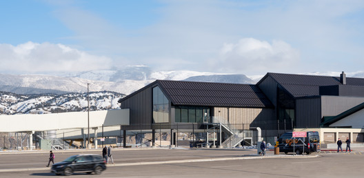 Eagle County Regional Airport Concourse Replacement / Gensler