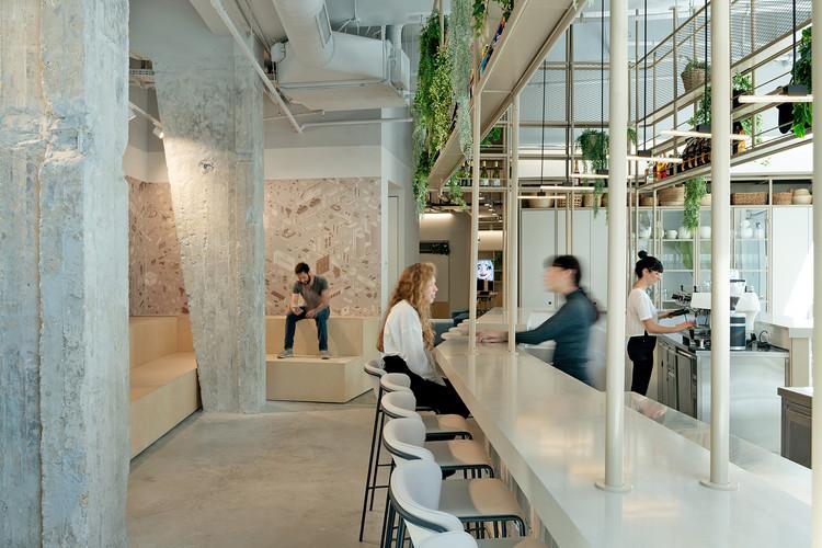Playstudios HQ / RUST architects, © Gidon Levin