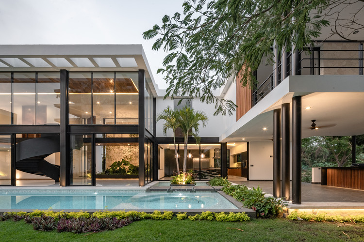 Casa da Água / Di Frenna Arquitectos, © Oscar Hernandez