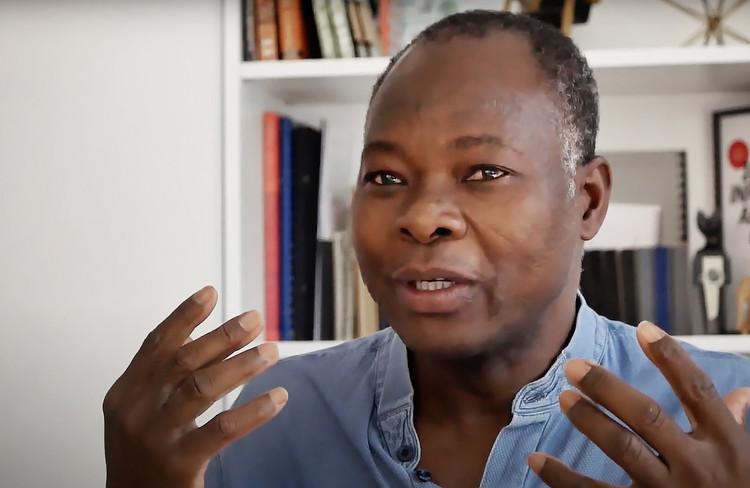 """Francis Kéré: """"I Am Privileged to Be Able to Serve My Community"""", Cortesia de UIA2021RIO"""